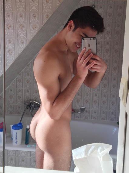 jeune garçon gay branle au tel porno